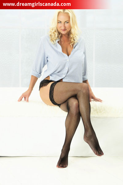 Stunning Vancouver Escort Christine Waiting For You At